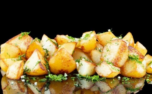 SIDE DISHES Side dishes Steamed potatoes with dill and garlic