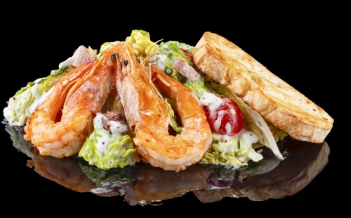 SALADS Salads Caesar with shrimps