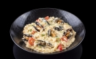 MUSSELS Taste of the sea Risotto with mussels and lobster cream, cherry tomatoes, mascarpone and fennel